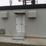 Shelter prefabbricato ingresso